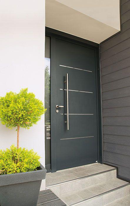 Porte aluminium cotim 11 avec barre de tirage et poignée courte pour