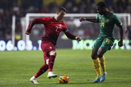 Watch Portugal Vs Albania Free Live Streaming Online Footballwood Www Bonztv Com Portugal Albania Watch Onlin Free Live Streaming Live Streaming Albania