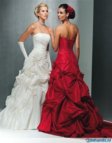 -prachtige-rode-trouwjurk-in-spaanse-sfeer