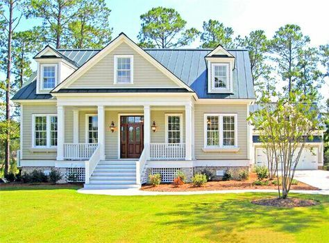 Southern Living Eastover Cottage Exterior House Exterior Small Farmhouse Plans Modern Farmhouse Exterior
