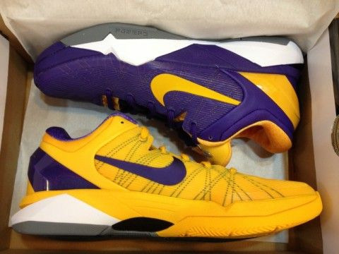 on sale 7fd79 b4563 Breaking Down Kobe Bryant's Nike Hyperdunk Snake Pools   Pinterest ...
