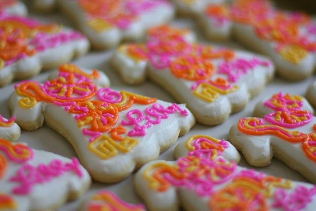 Adorable Lilly Pulitzer Dress Cookies