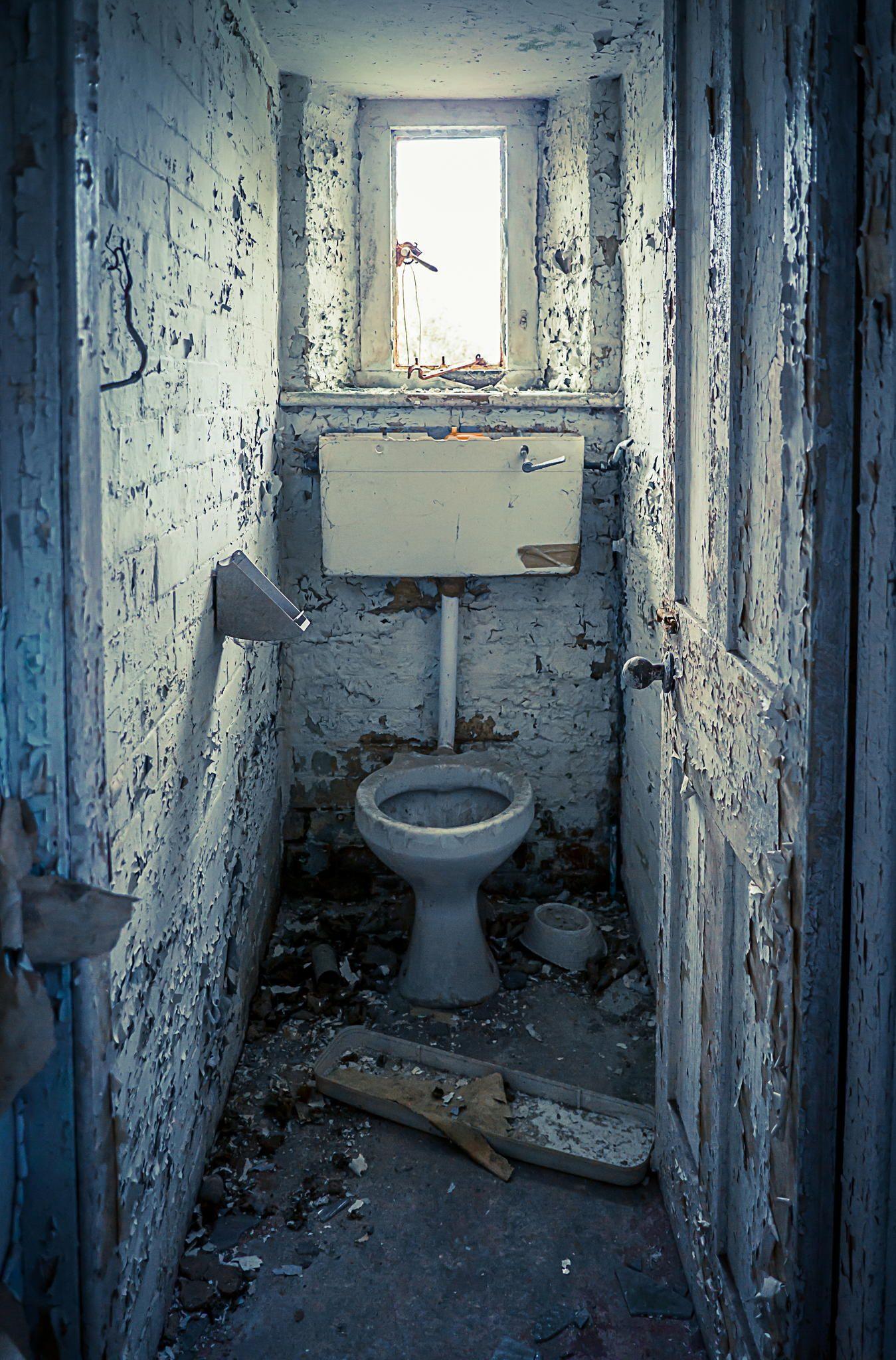 Surprising En Suite By Adonis Stevenson On 500Px Abandoned Creepy Download Free Architecture Designs Scobabritishbridgeorg