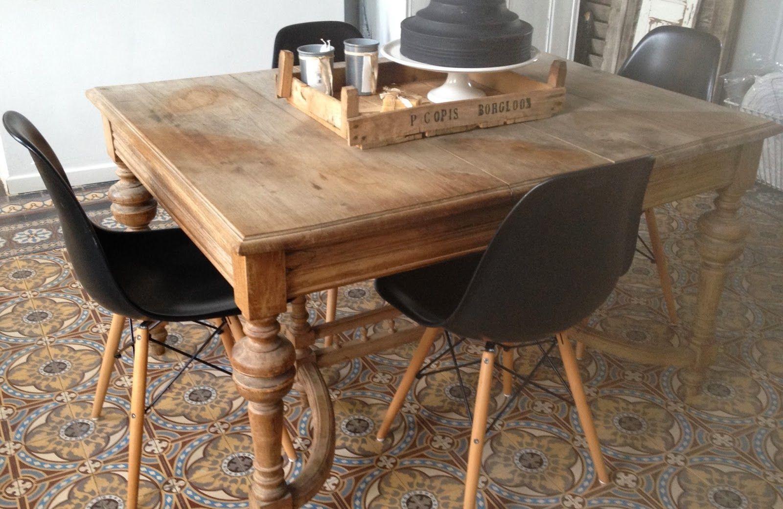 Jadis Et Naguere Chaise Moderne Chaises Eames Chaise Design