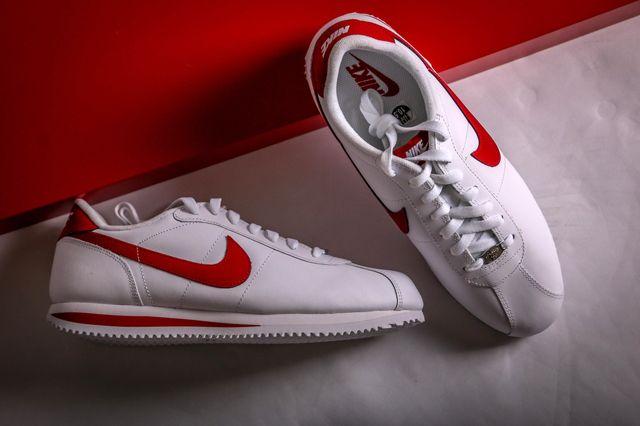 NIKE CORTEZ LEATHER (WHITE/VARSITY RED) - Sneaker Freaker