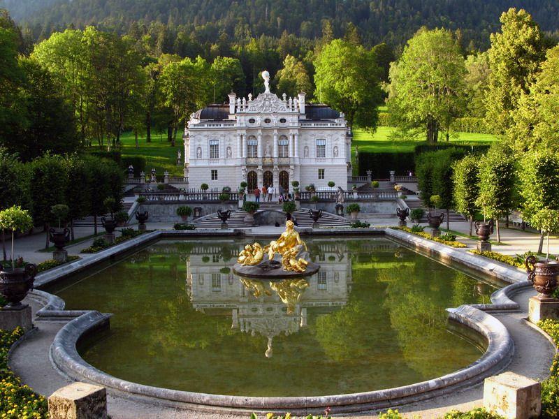 Schloss Linderhof Im Graswangtal Bei Oberammergau C Sst Linderhof Palace Neuschwanstein Castle Places Around The World