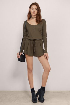 On My Flight Ribbed Romper| perfect for travel