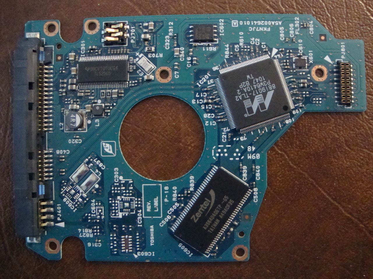 Toshiba mk1637gsx