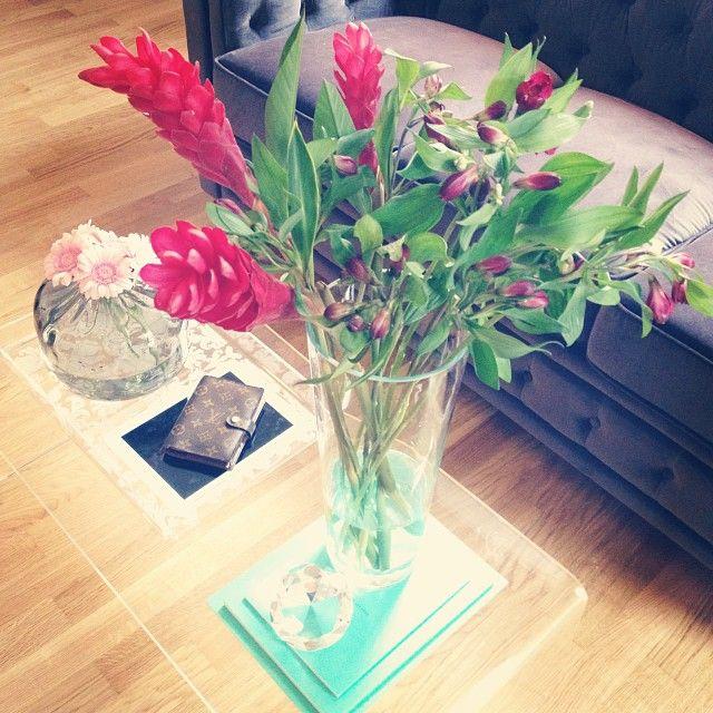 Fresh Flowers. ❤️ Auch ein verregneter Lerntag wird damit gleich viiiel besser! 🌷🌷🌷