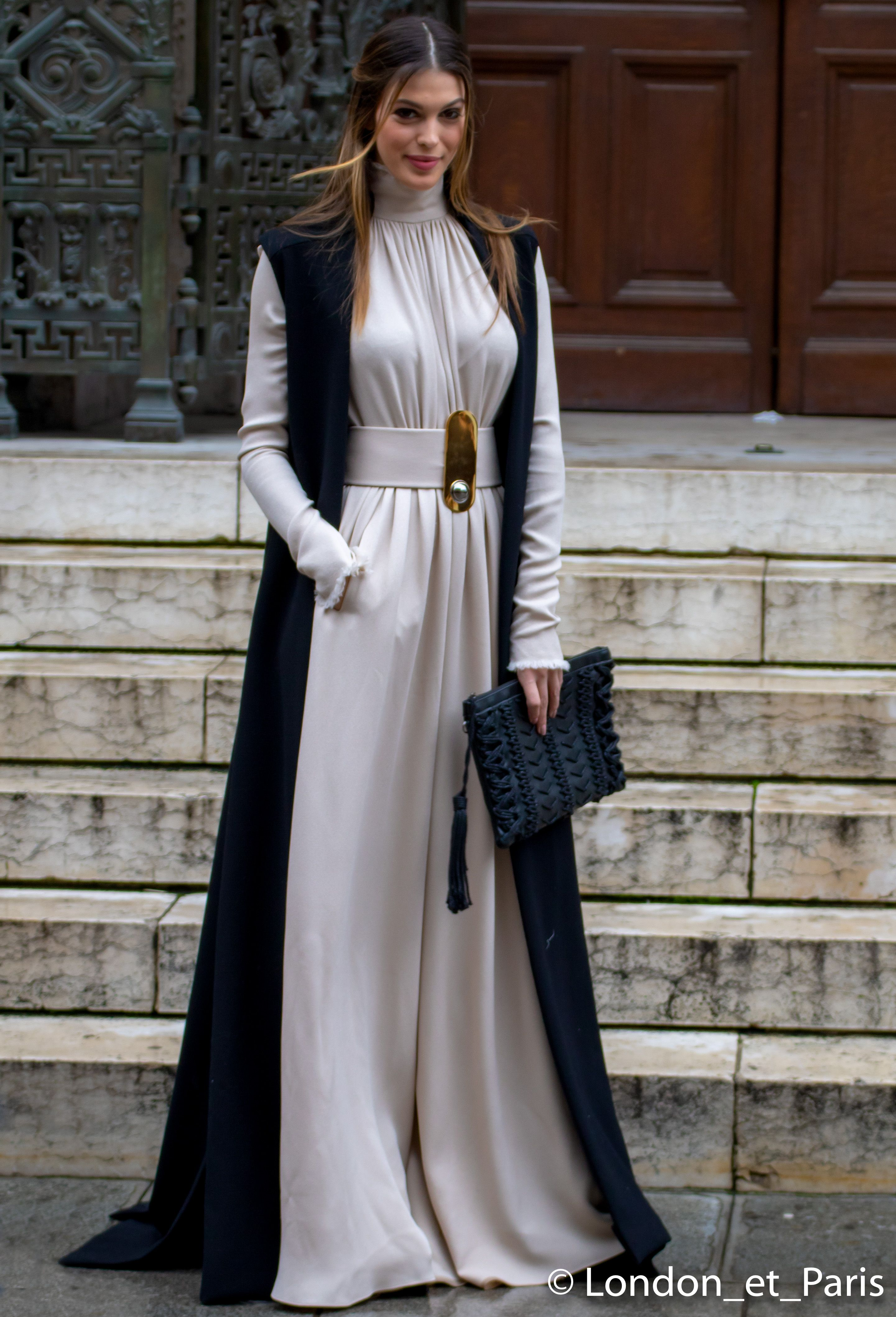 e4958438a077 Paris Fashion Week Haute Couture Iris Mittenaere Miss World Street Style  SS18