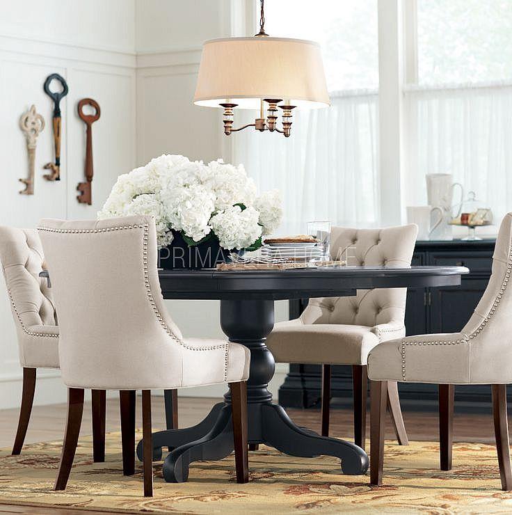 Krzeslo Tapicerowane Pikowane Z Kolatka Do Salonu Jadalni New York Style Hamptons Round Dining Room Table Round Dining Room Upholstered Dining Table
