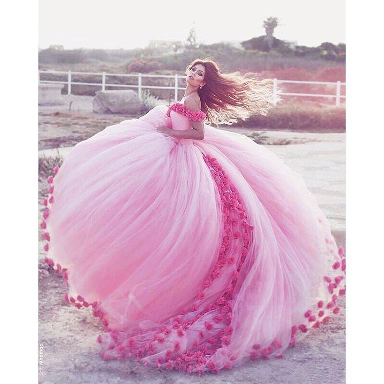 Pin de Hülya Kan en Çiçekli kız elbiseleri | Pinterest | Vestidos ...