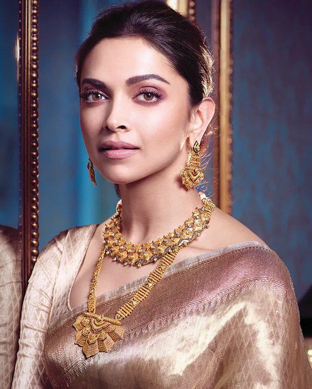 Traditional Wear | Deepika padukone style, Deepika ...