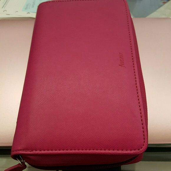 ☆New never used Filofax organizer New never used organizer case with new pages. This is absolutely gorgous! Fits Franklin covey compact pages or Filofax filofax Accessories