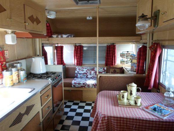 for sale vintage camper trailers glamping pinterest caravane aventurier et d co. Black Bedroom Furniture Sets. Home Design Ideas