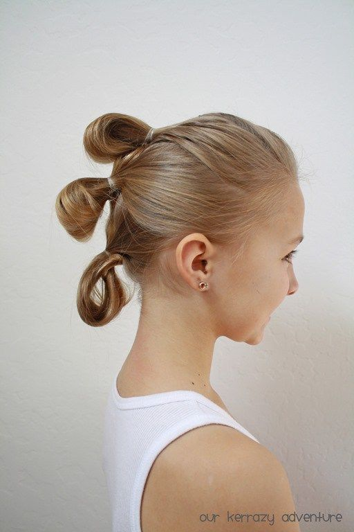Rey S Hairstyle Tutorial Our Kerrazy Adventure Hair Tutorial Star Wars Hair Rey Star Wars Hair