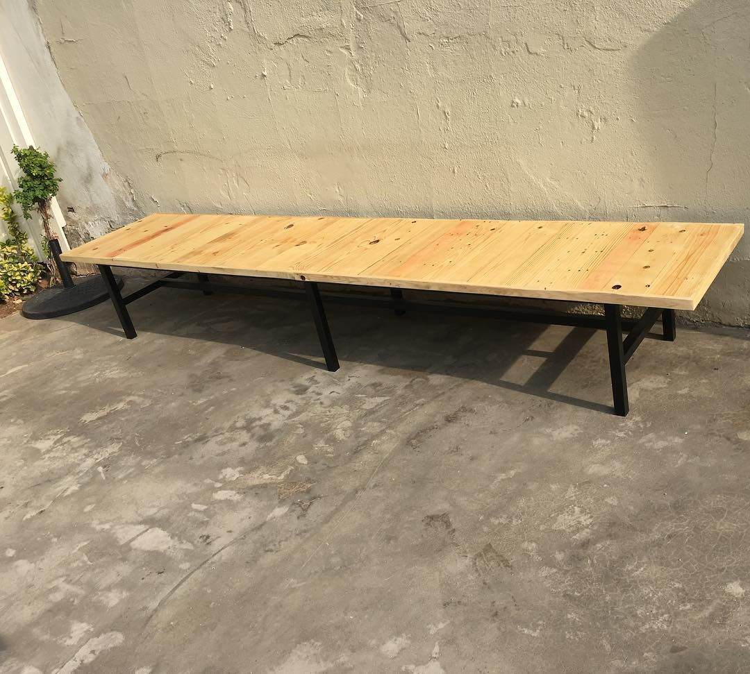 Custom 12 foot bench for a client ! I love this piece #woodworking #custom #furniture #metal #welding #weldporn #furnituredesign #wood #pallets #reclaimedwood #craft #customfurniture #stained #uniquefurniture #woodwork #reclaimedpallets #bench #pallet #RC #reclaimedcreations de reclaimedcreationss