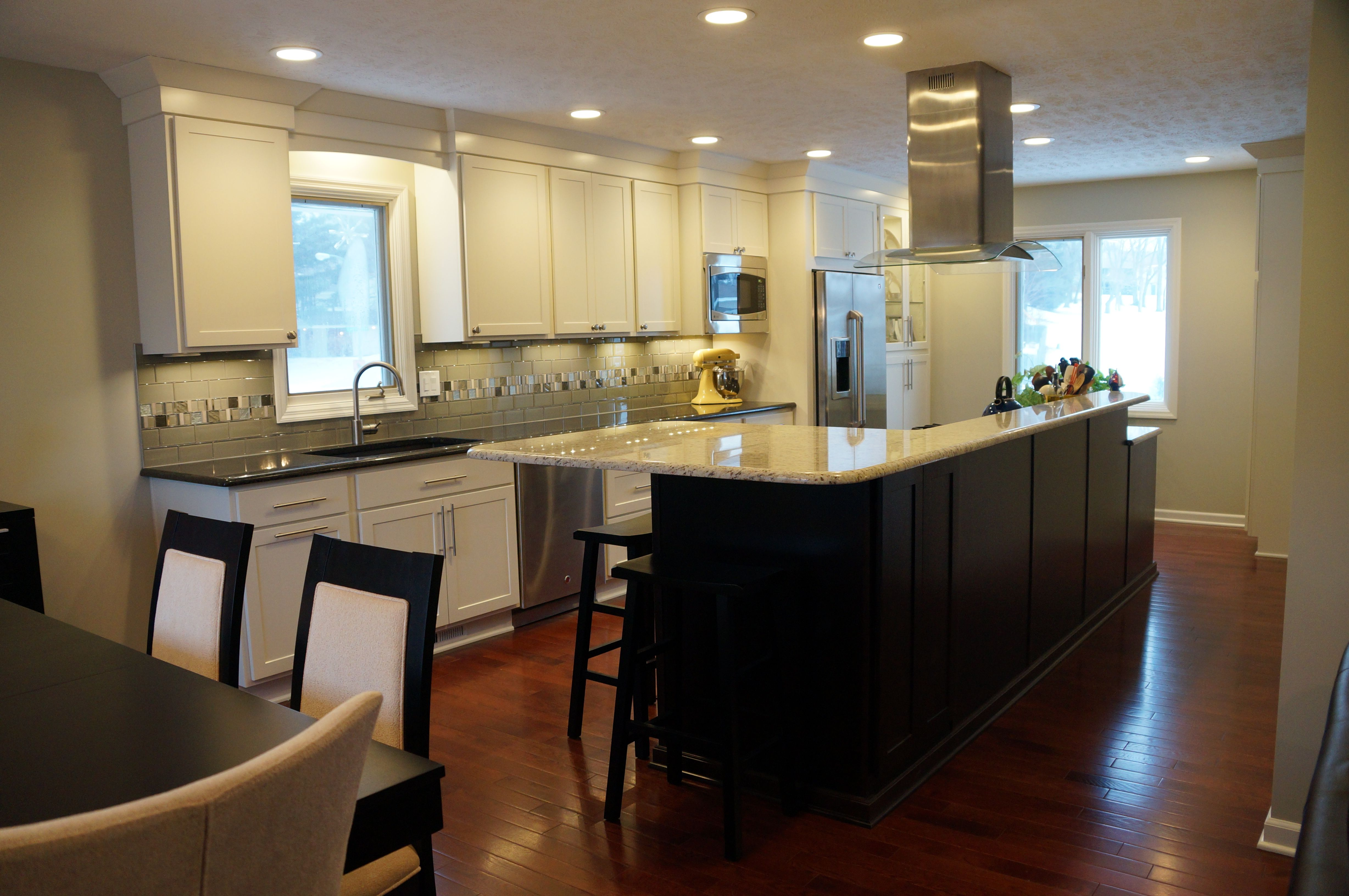 Modern Traditional Kitchens By Design Omaha Kitchen Design Kitchen Remodel Traditional Kitchen