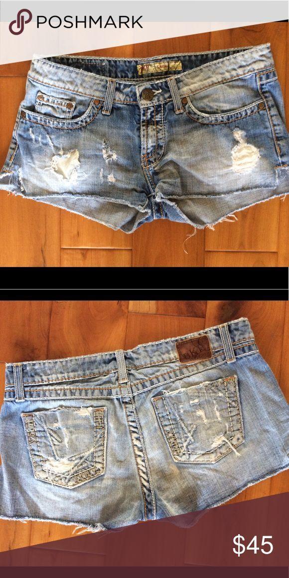 "BKE denim Sarah Jean Shorts size 28 Cotton blend  7"" rise Destroyed Excellent ... - #BKE #blend #Cotton #Denim #Destroyed #Excellent #Jean #Rise #Sarah #Shorts #Size #myposhpicks"