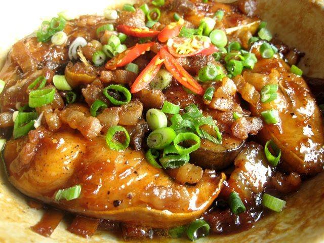 Bí quyết kho cá basa ngon tăng hương vị cho bữa cơm gia đình - http://www.blogtamtrang.vn/bi-quyet-kho-ca-basa-ngon-tang-huong-vi-cho-bua-com-gia-dinh/