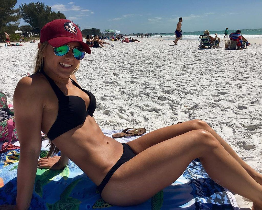 Beach beauty .. More on Drooltube.com