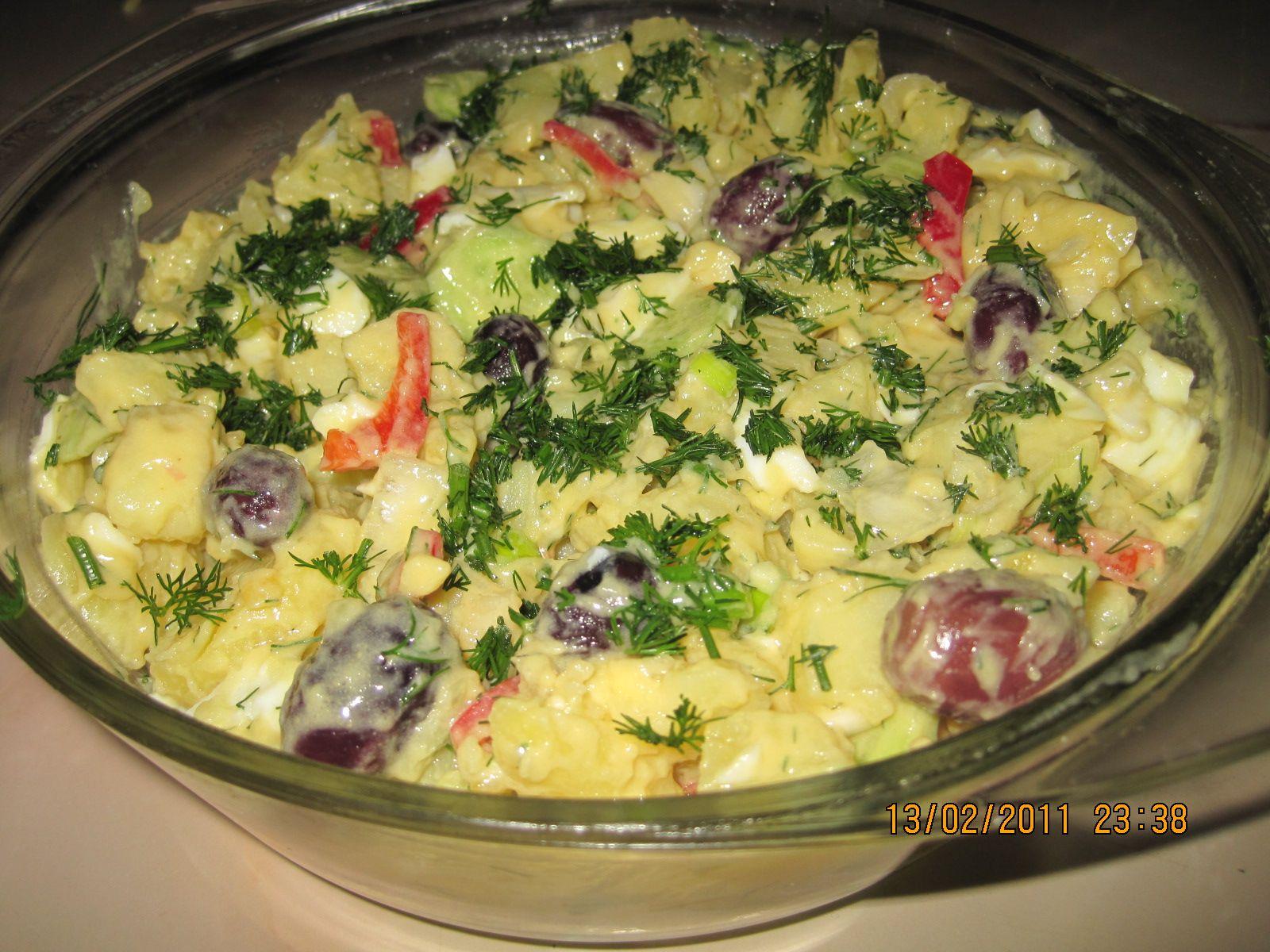 Reteta culinara salata orientala din categoria salate specific fun food reteta culinara salata orientala din categoria salate specific romania cum sa faci salata orientala forumfinder Image collections