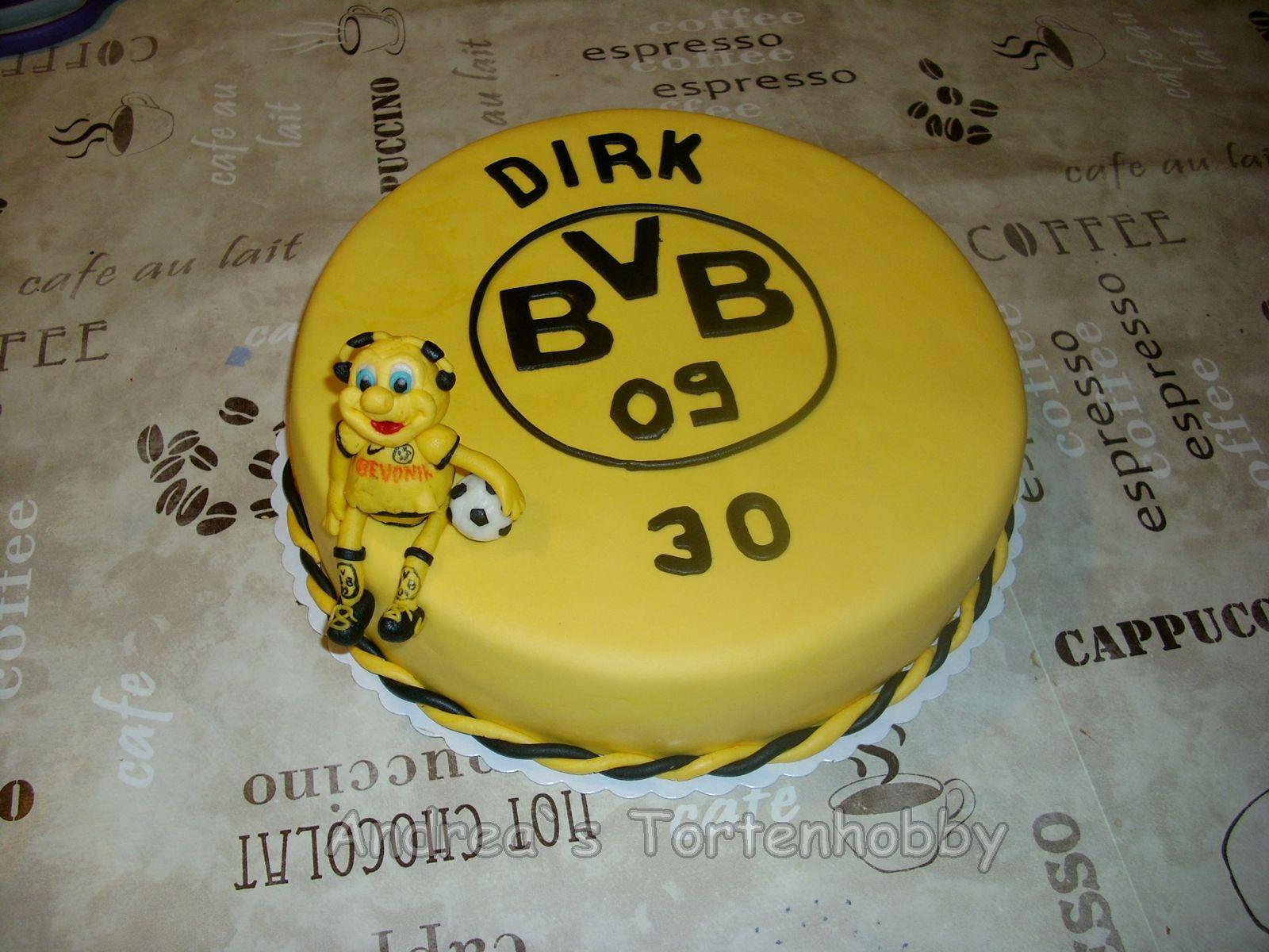 soccer cake bvb fu ball torte fu ball pinterest soccer cake and cake. Black Bedroom Furniture Sets. Home Design Ideas
