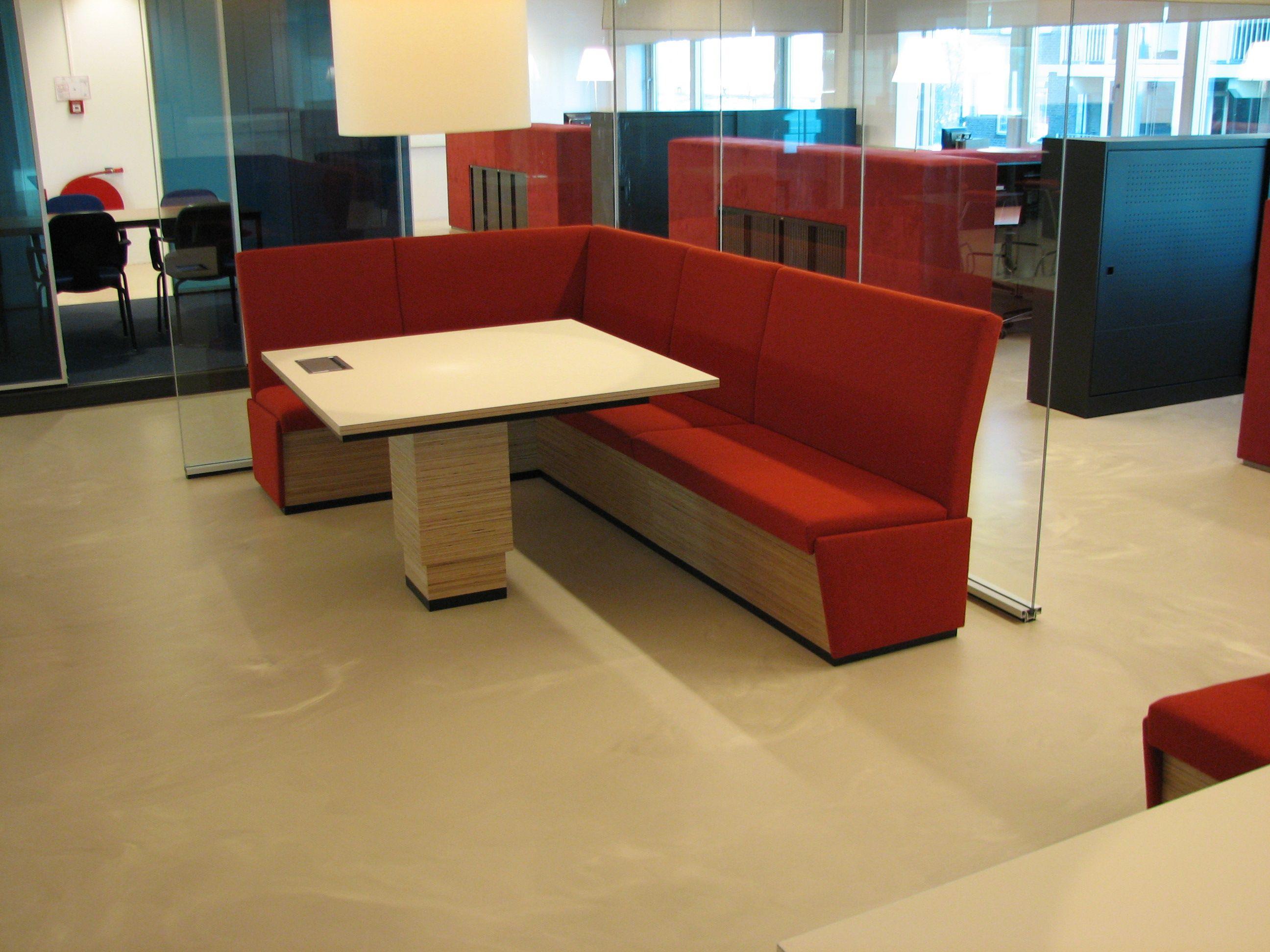 polyurethaan gietvloer in kantoor duurzaam onderhoudsvriendelijk