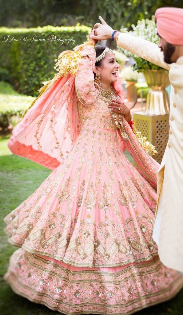 Pin de Ruchi Sharma en Party wear | Pinterest