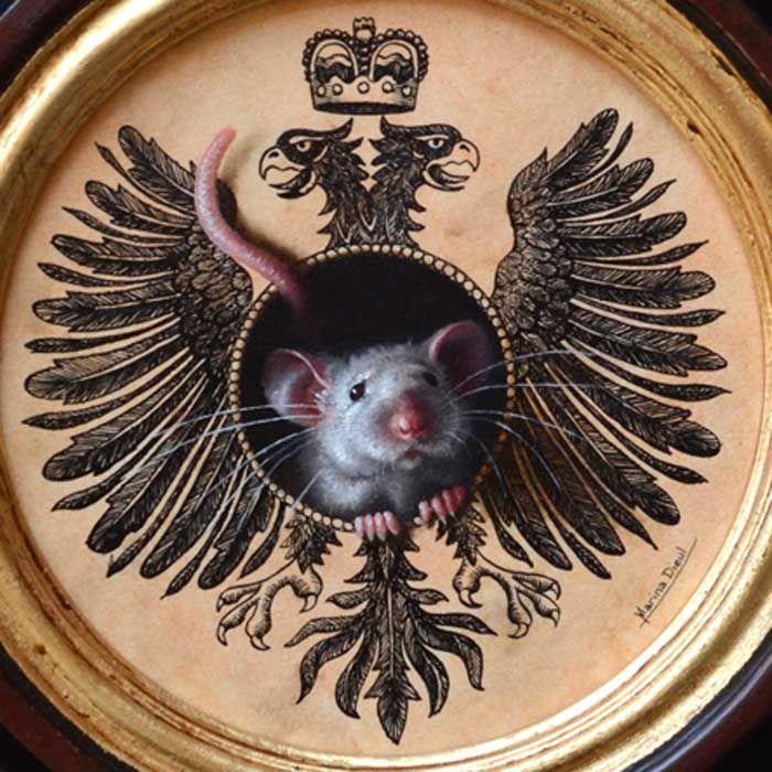 """Getting serious about mice portraits. Please, meet His Imperial Majesty, Mousie I. Oil and ink, 6"""" diameter. Available. Les portraits de souris, ça commence à devenir sérieux. Je vous présente Son Altesse Impériale, Souricette I."""