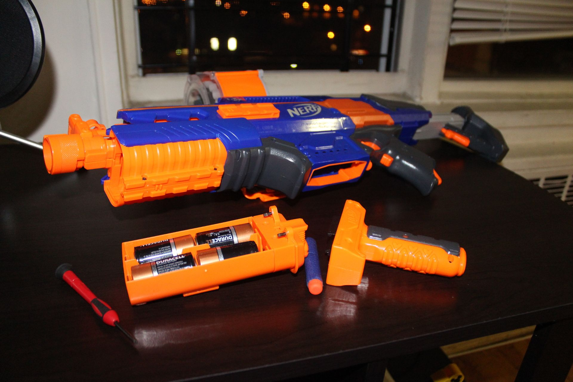 The Elite Nerf Stryfe CS-18 Mission Kit includes everything you need. Click  the image for info and pics on Amazon.com