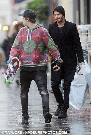 4a70ba42ac Brooklyn Beckham treated to a new skateboard from father David ...