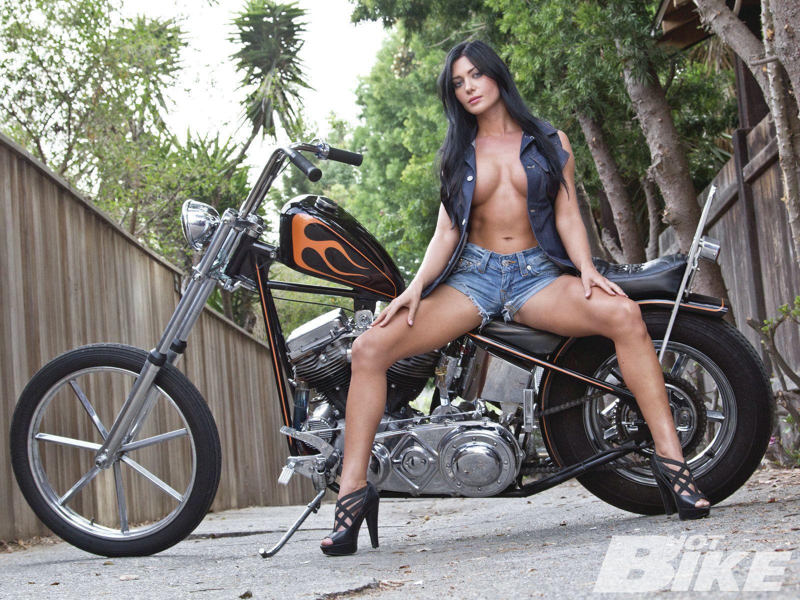 Nude girl on custom sport bike fast sexy