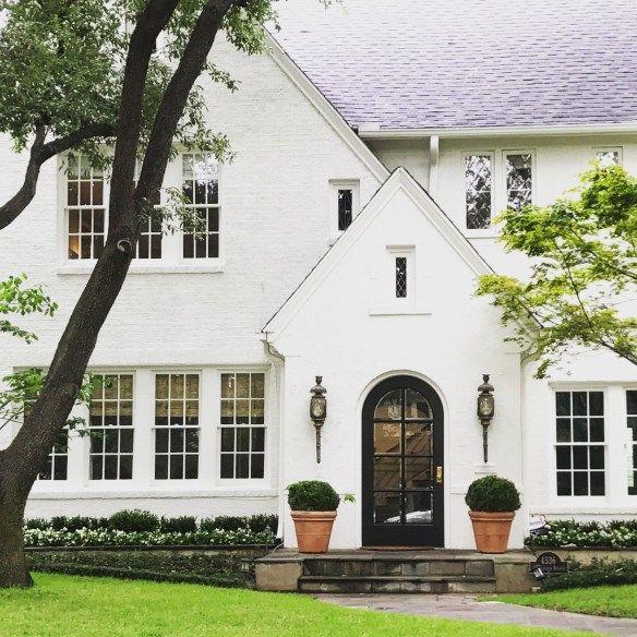 2 0 1 8 home exteriors white brick houses painted brick rh pinterest com white houses with black doors