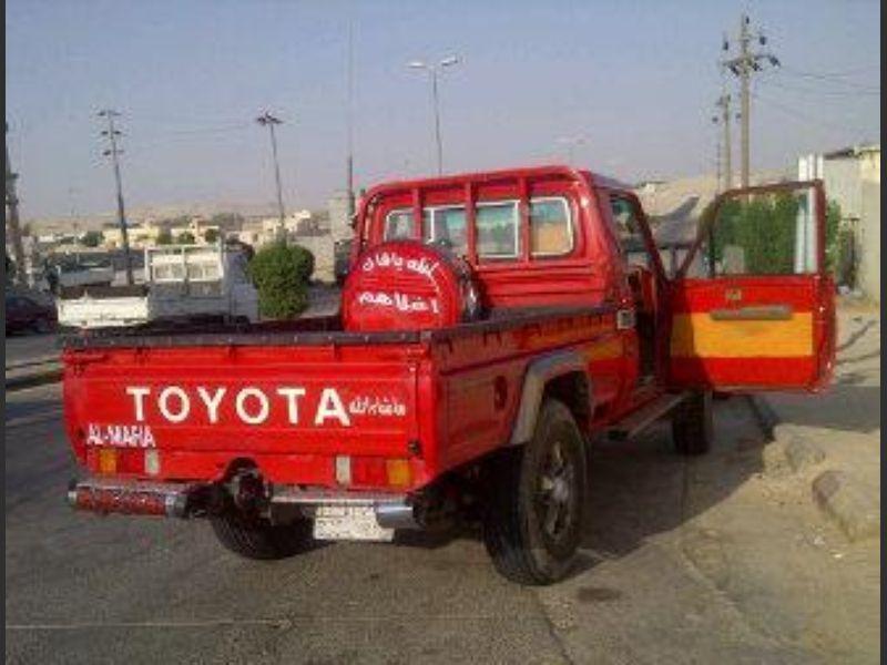 تويوتا شاص 2002 مرهم 2006 لون أحمر سعودي حراج Car Van Vehicles
