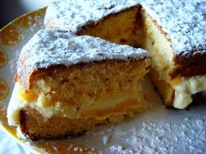 semolina cake with ricotta and lemon curd