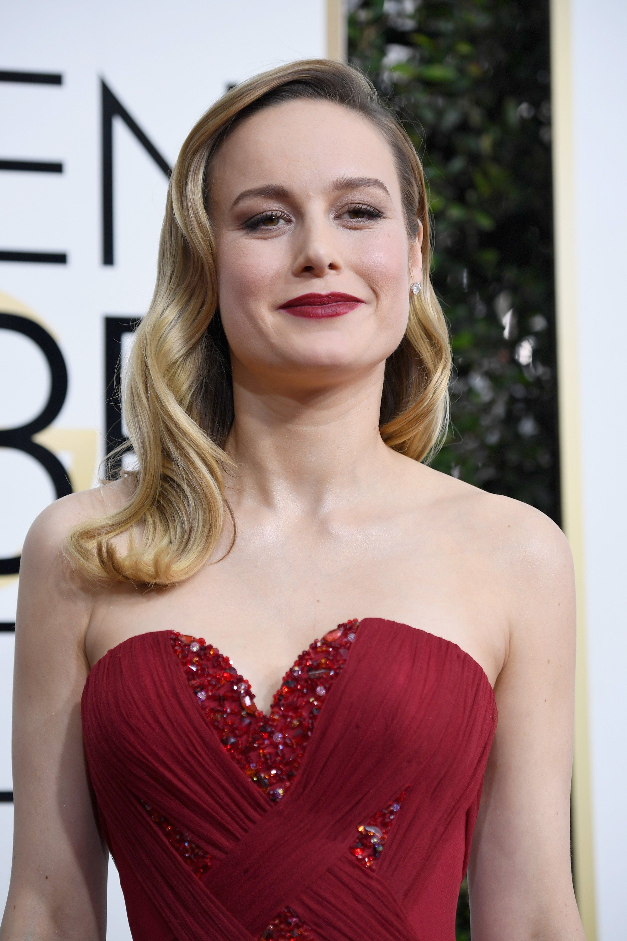 Brie Larson Braless. 2018-2019 celebrityes photos leaks! - 2019 year
