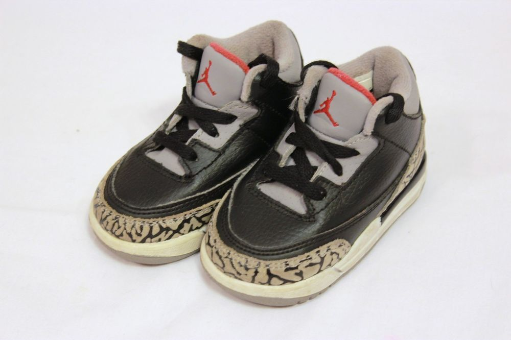NIKE AIR JORDAN 3 RETRO Toddler Sise 4C BLACK VARSITY RED CEMENT GREY  832033-010  NIKE  Athletic 5b11731fab