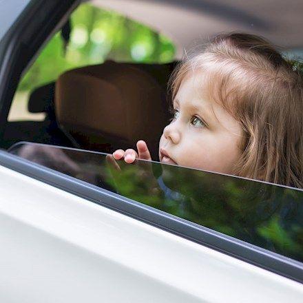 Prova questi giochi facili e divertenti da fare con i bambini durante il vostro prossimo viaggio in macchina.
