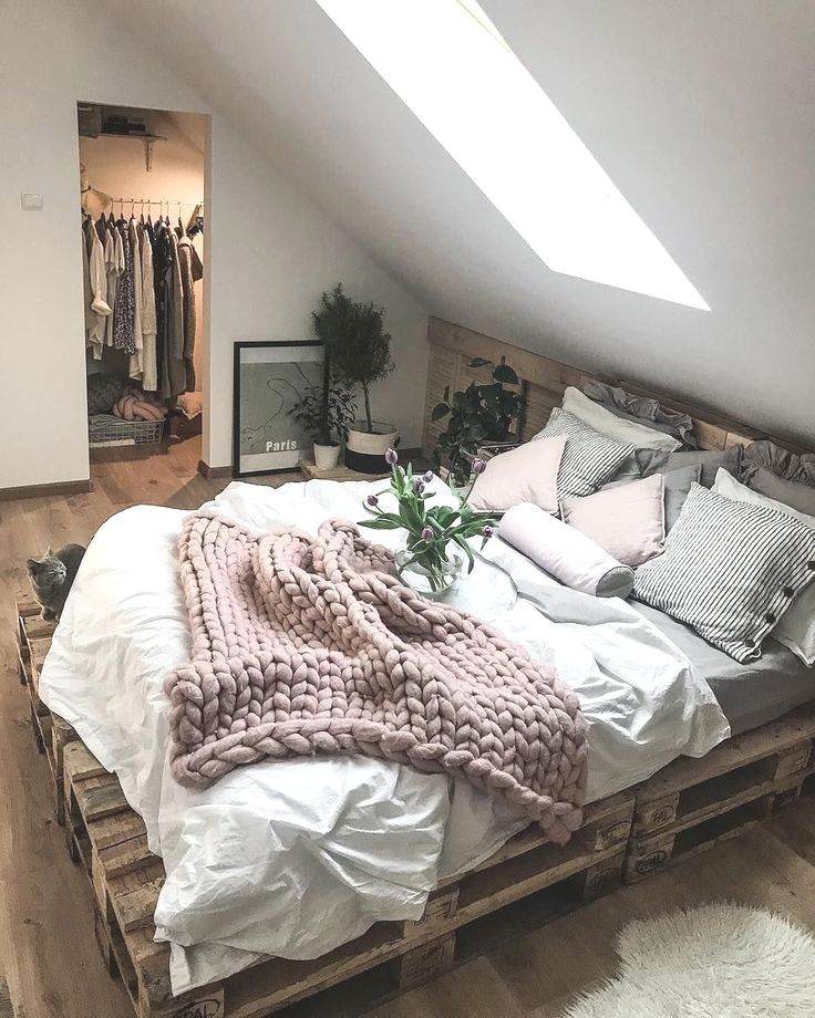 hibernation season is coming up so let s get decorating on modern cozy bedroom decorating ideas id=23608