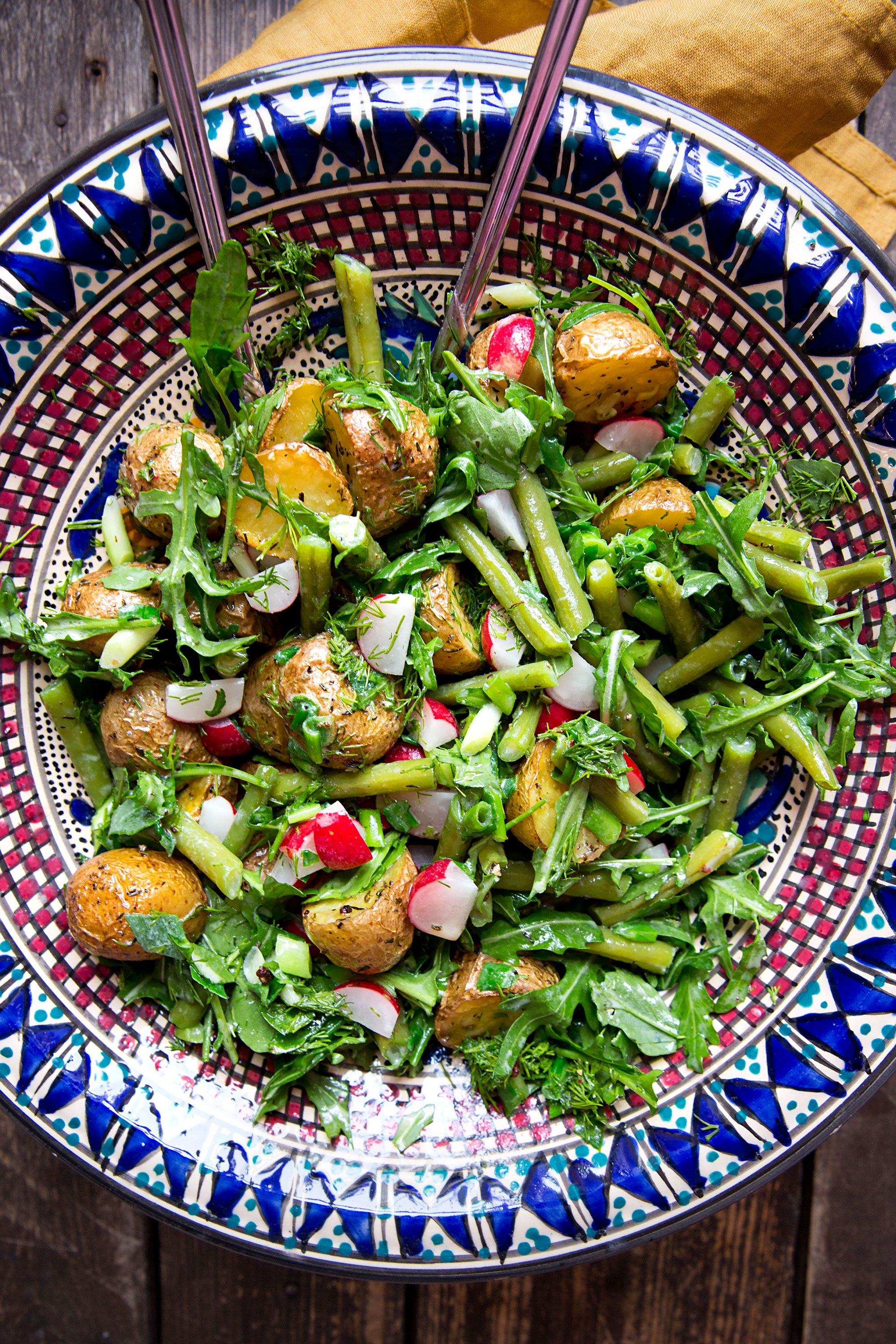 Photo of Baked potato salad with beans and radishes