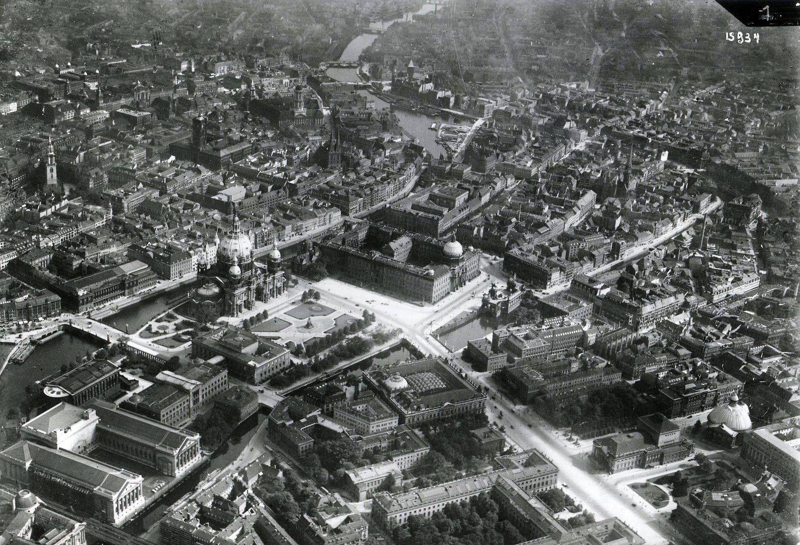 Pin Auf Berlin 1930