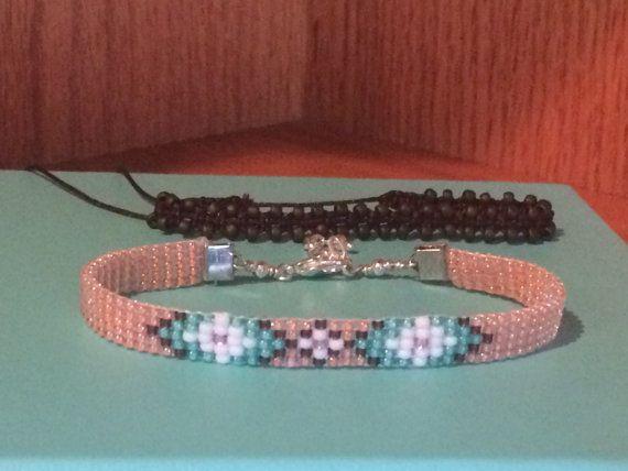 Bracelet de métier à tisser perles par plisplasdesigns sur Etsy