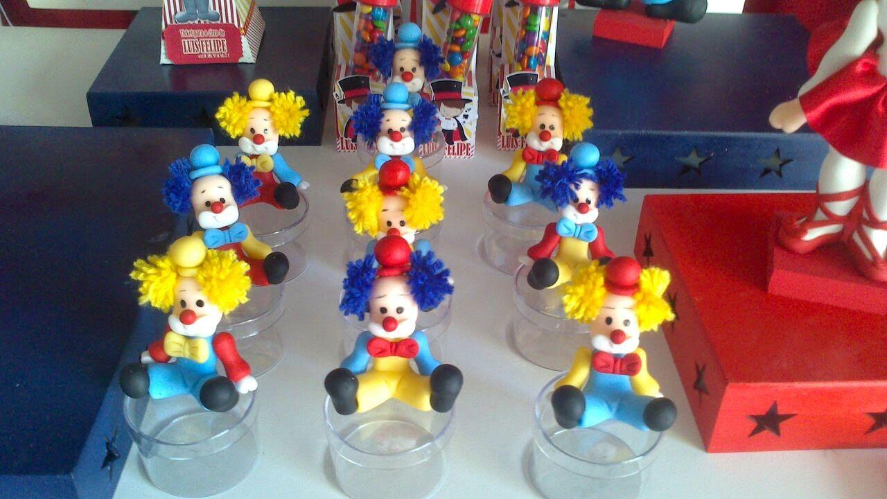 Atelier Luany Nunes: Circo Vintage  Foi um desafio, e no final amei o r...
