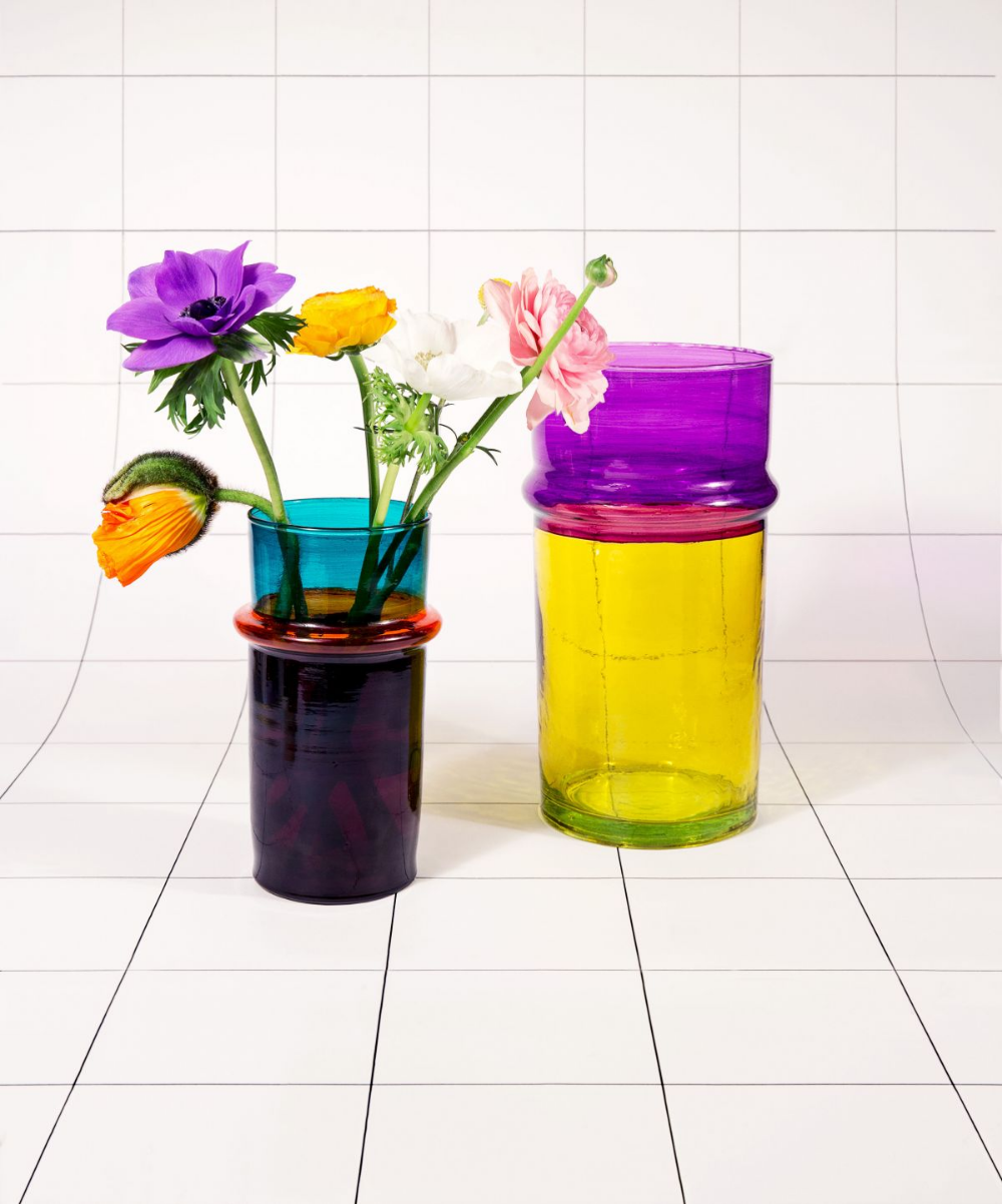 Cadeaux de Noel : 15 objets de déco éco-friendly. Pour faire plaisir à nos deco-lovers ! Focus : vase Moroccan Small Hay, carrelage, mauve, jaune, bleu, fleurs, roses. #vases #MoroccaSmallHay #roses #fleurs #carrelage #gifts #deco #decolovers #cadeaux #christmas #christmasishere #Xmas #liste #ecofriendly #ecology