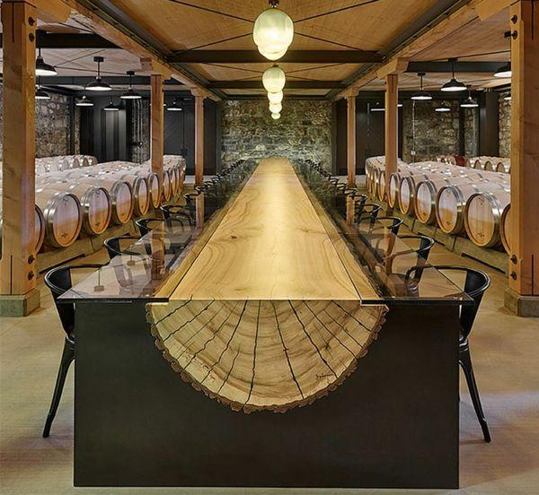 esszimmertisch mit stühlen aus holz | hotels . buildings. luxury, Esstisch ideennn