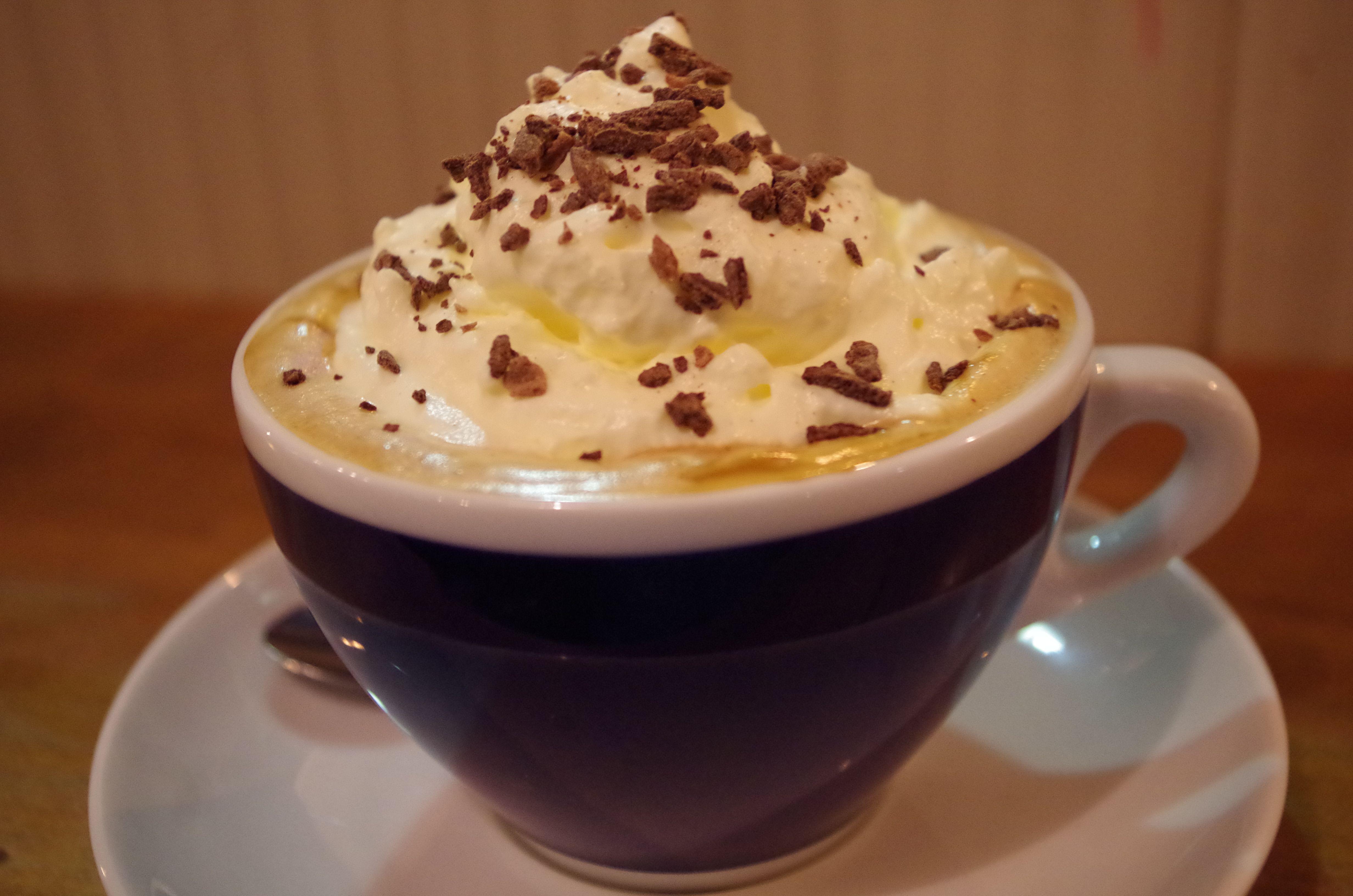 生クリームとチョココーヒーデザート飯テロ 壁紙