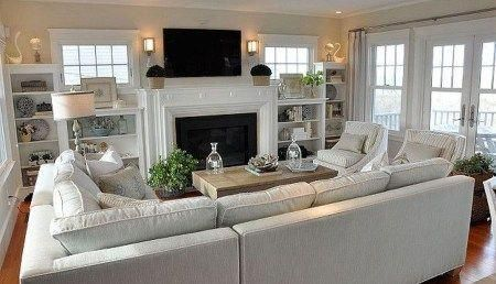 46 The Best Vaulted Ceiling Living Room Design Ideas - Trendehouse #neutrallivingroom #vaultedceilingdecor