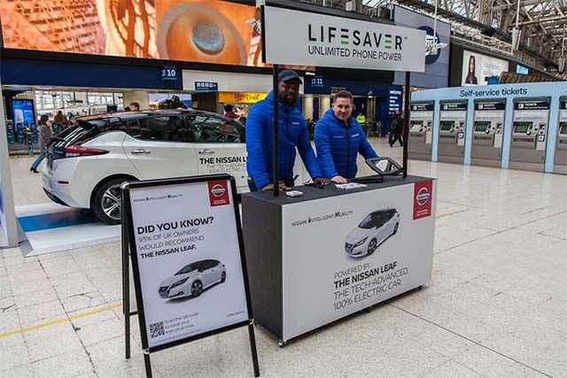 Nissan partners with Lifesaver to provide to provide commuters with 100% renewably-charged smartpho