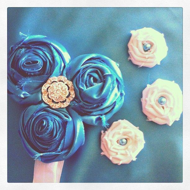 Silkflowers wedding hairpiece httprusswholesaleflowers silkflowers wedding hairpiece httprusswholesaleflowersbest silk wholesale flowers russ wholesale flowers offers silk flower arrangements mightylinksfo